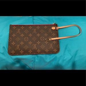 Louis Vuitton Neverfull mm monogram pouch